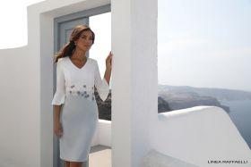 set 71 Wit V-hals kleed met grijze onderkant en bloemenbroderie in taille Linea Raffaelli