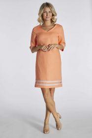 Oranje kleed met strepen onderaan kleed en aan mouw Blue Bay