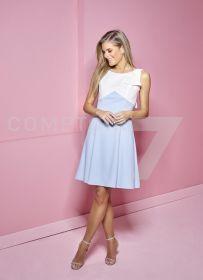 Lichtblauw kleed met witte bovenkant met strik Linea Raffaelli