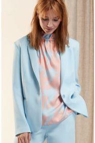 Lichtblauwe roze bloes met kraag HER