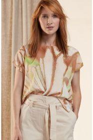 Bruine bloes met print en korte mouw HER