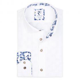 wit linnen hemd met bloemenprint in kraag en op manchette R2 Amsterdam