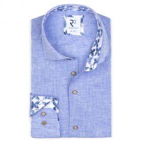 Lichtblauw linnen hemd met bloemenprint in kraag en op manchette R2 Amsterdam