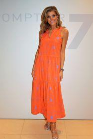 Oranje lang kleed met lichtblauwe bloemen Rosso 35