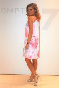 Roos lichtblauw gebatikt kleed Senso
