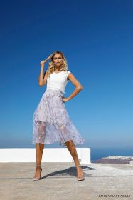 Wit kleed met 'lila-grijs' in reliëf gebloemde 'rok' Linea Raffaelli