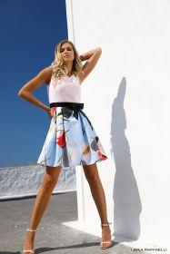 Roze kleed met lichtblauw gebloemde 'rok' Linea Raffaelli