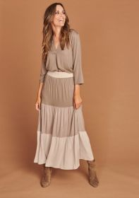 Taupe V-hals bloes Mucho Gusto
