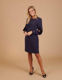 Blauw kleed met split en kant op mouw Linea Raffaelli