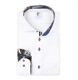 Wit hemd met bladerenprint in kraag en op manchette R2 Amsterdam