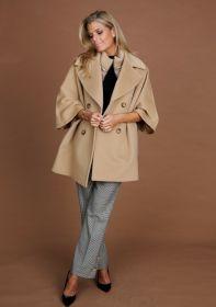 Camel oversized mantel Cinzia Rocca