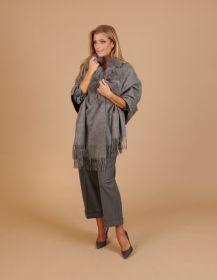 Grijze sjaal met pels Studio AR