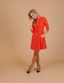 Oranje kleed met jabot Paule Ka