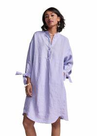 Lila kleed met strik aan de mouw Riani