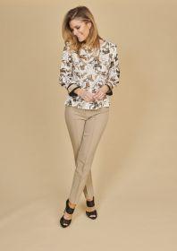 Ecru bloes met beige schoenenprint Caroline Biss