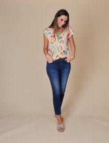 Beige bloes met korte mouw en multicolor print Blue Bay