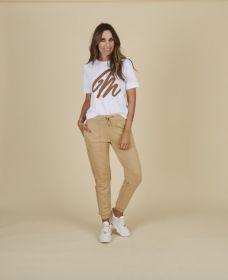 Witte T-shirt met cognac logo Margittes