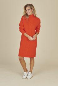 Oranje tricotkleed met kabel Due Amanti
